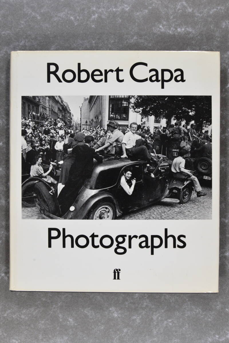 Capa, Robert  -  PHOTOGRAPHS