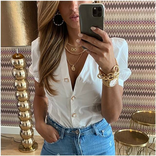 White Top Golden Button
