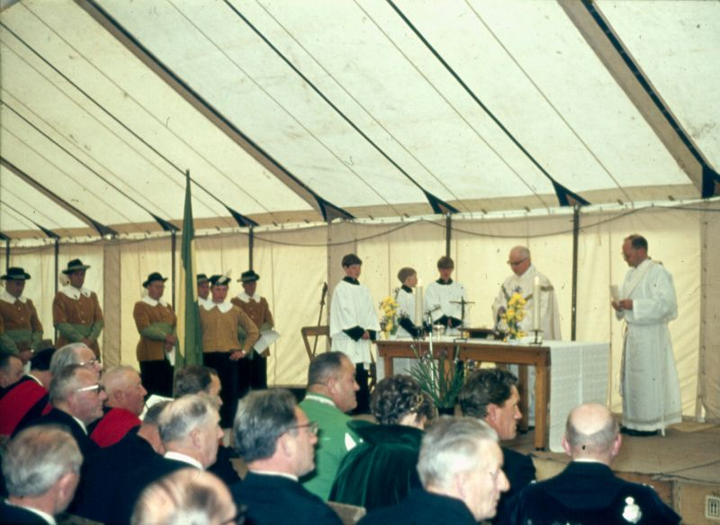 1969 Gildemis in feesttent.