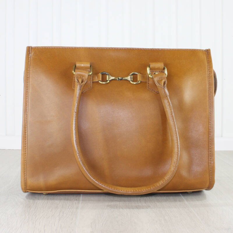 Abigail Handtas Antique Tan