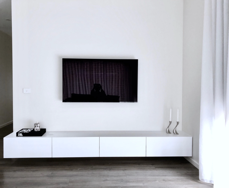 Wit hangend TV-meubel MDF