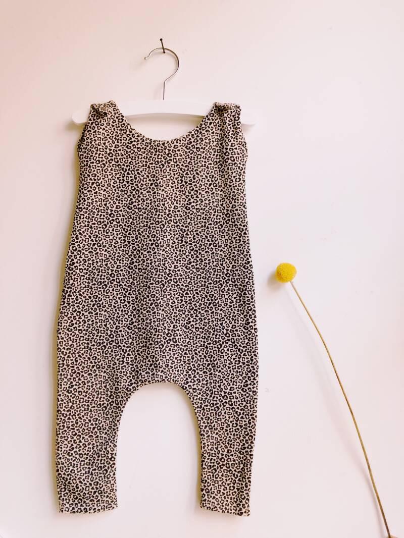 Little leopard babysuit