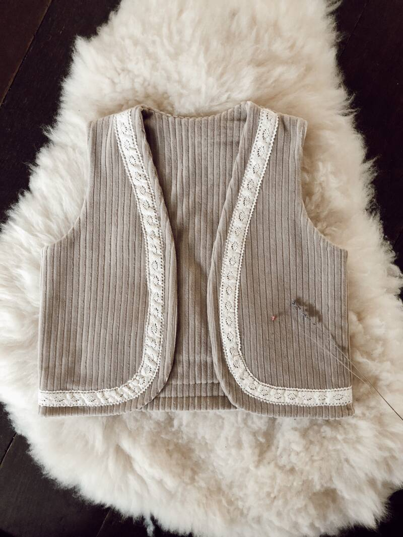 Ribcord soft taupe gilet
