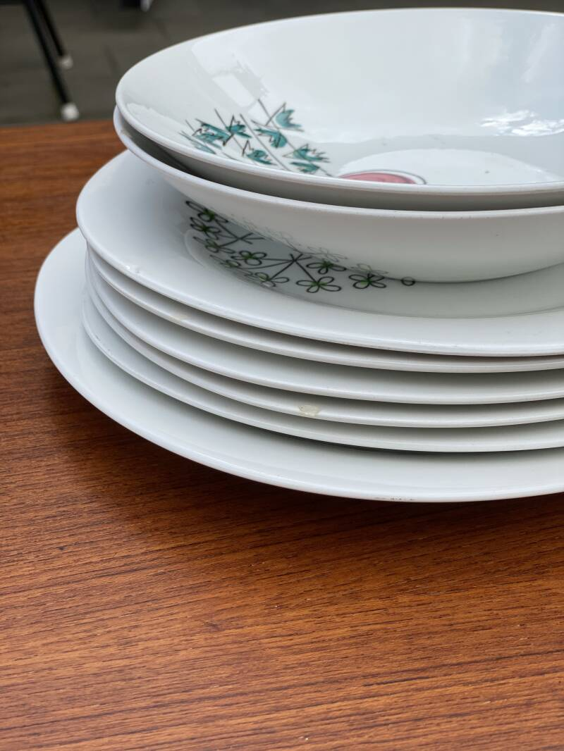 Rörstrand Pomona - Set of plates with signs of use