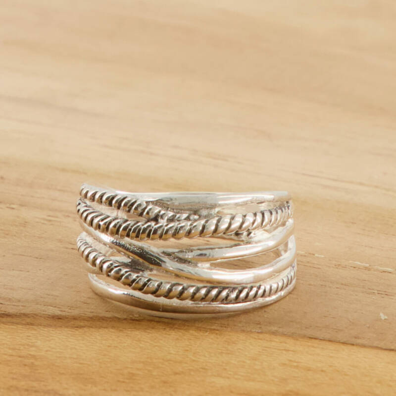 Spaghettie small ring