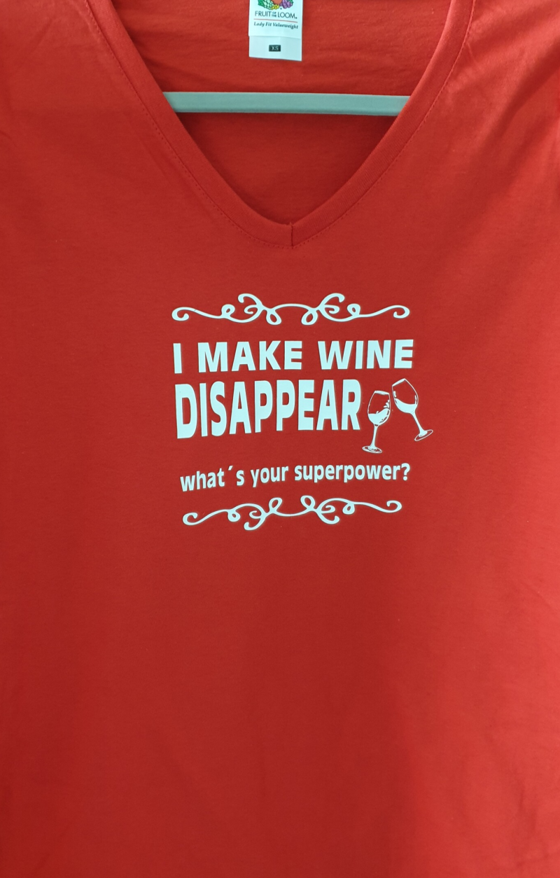 Shirt rood I Make wine disappear