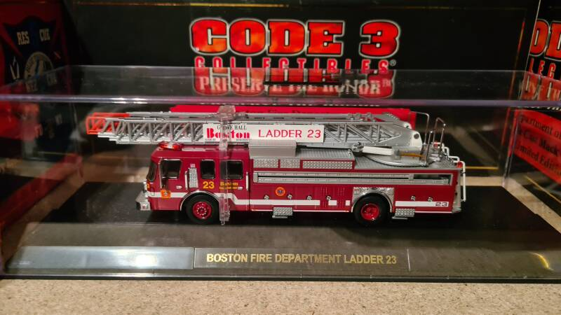Code 3 Collectibles - Boston - Ladder 23