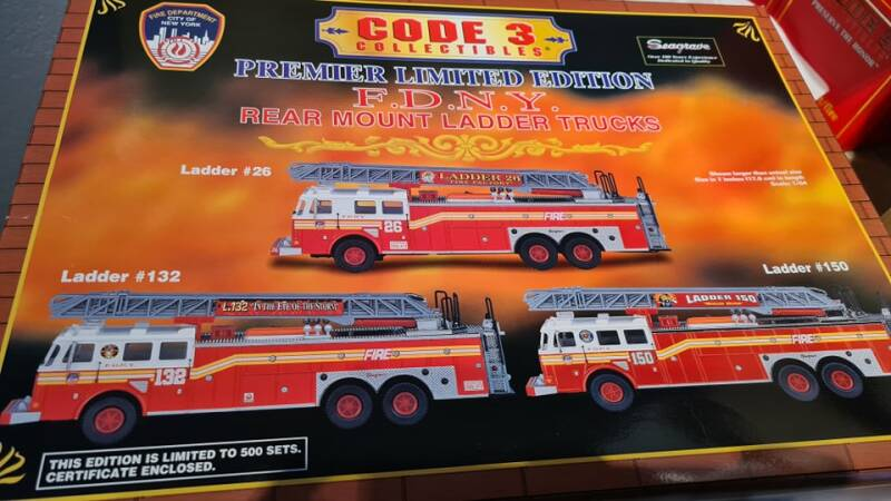 Code 3 Collectibles - FDNY - Limited Edition Rear Mount Ladder Trucks