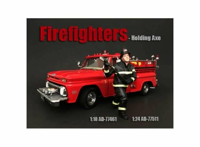 Fire Fighter *Holding Axe* 1/24