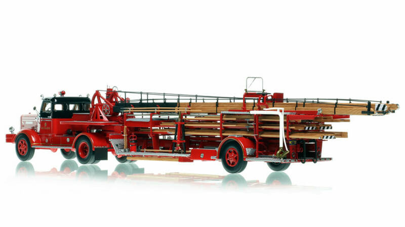 Fire Replicas - Chicago Fire Department - 1954 FWD Tractor-Drawn Aerial - H&L Company 41
