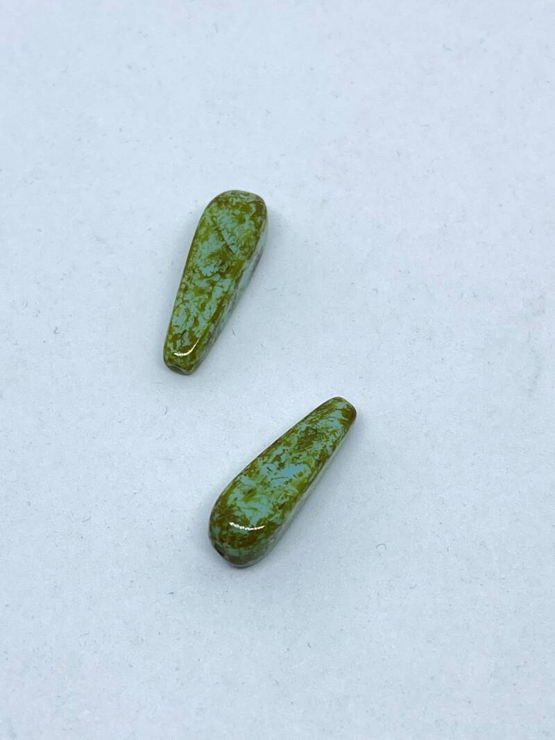 Top Drilled Drop 18x5mm Olivine Picasso
