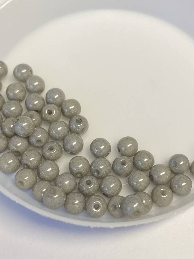 Round Beads Glass 4mm Grey Luster