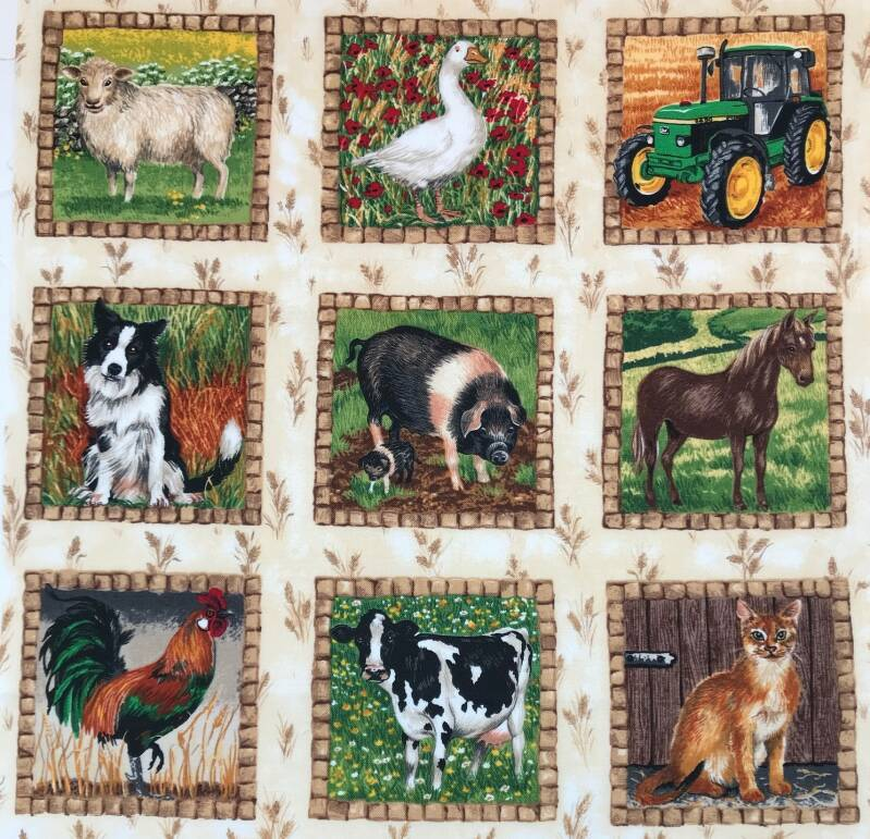Animals labels on the farm 8