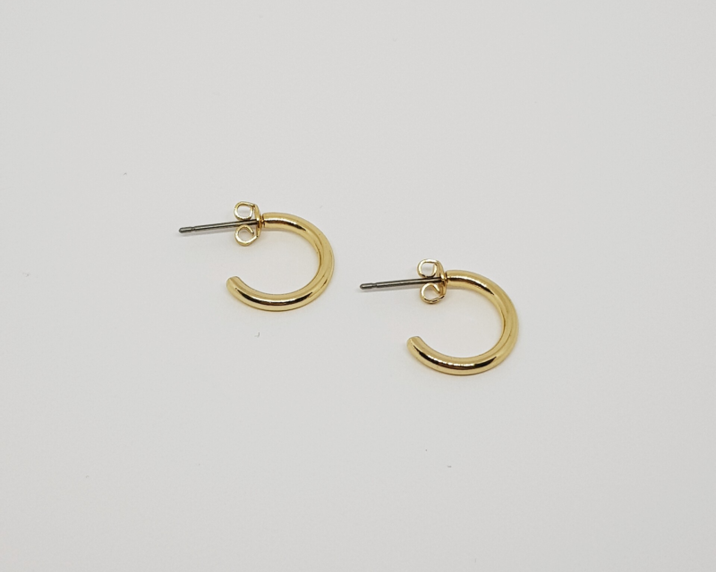 Gold plated basic earring