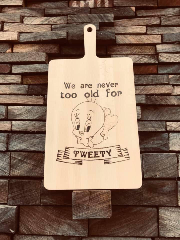 Tapasplank : we're never too old for Tweety