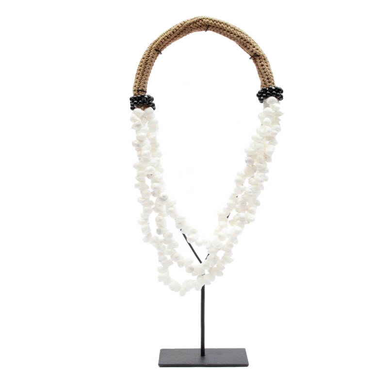 Bazar Bizar - The White & Black Shell Necklace on Stand