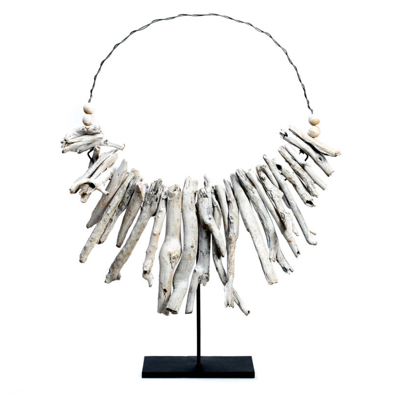 Bazar Bizar - The White Driftwood Necklace on Stand