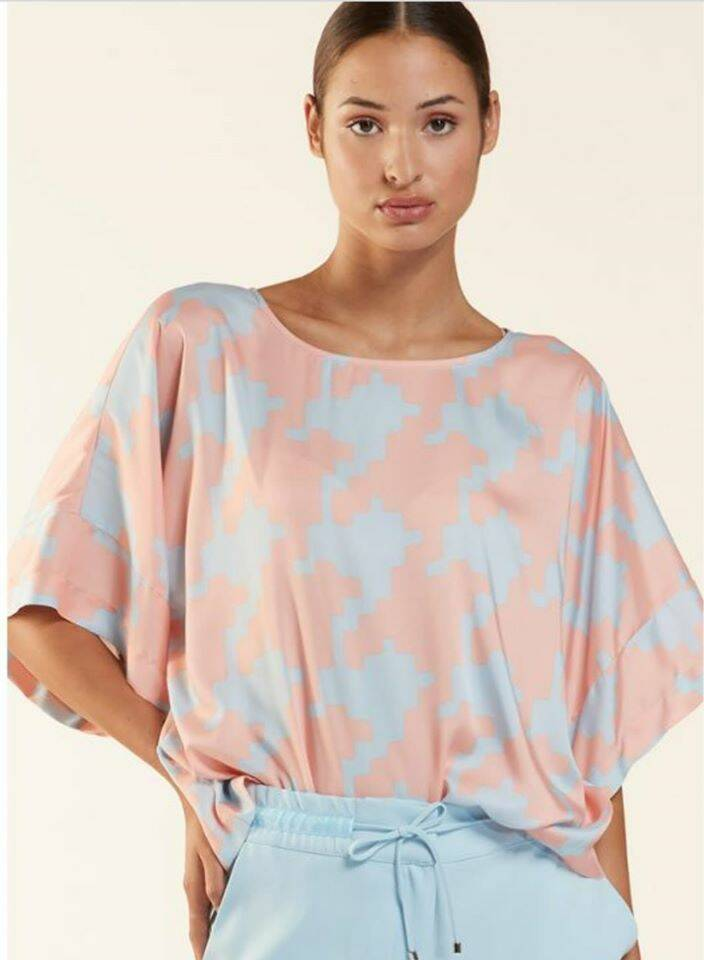 HER. BLOES LICHTBL ROZE PRINT
