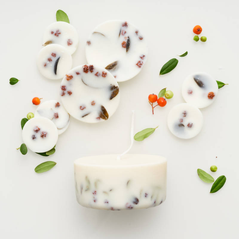 Ashberries & bilberry leaves gift box