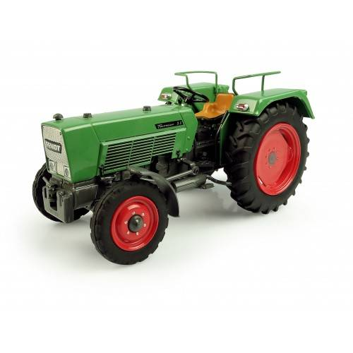 Fendt 3 S Universal Hobbies