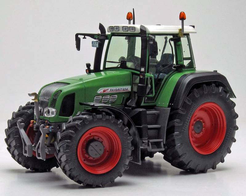 Fendt 924 2nd Generation (1999-2002