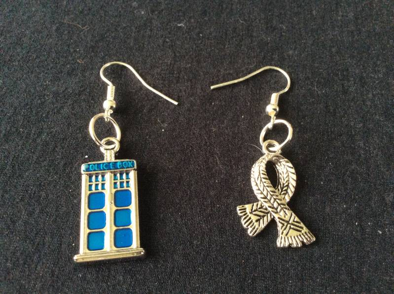 "Doctor Who earrings ""4th Doctor"""