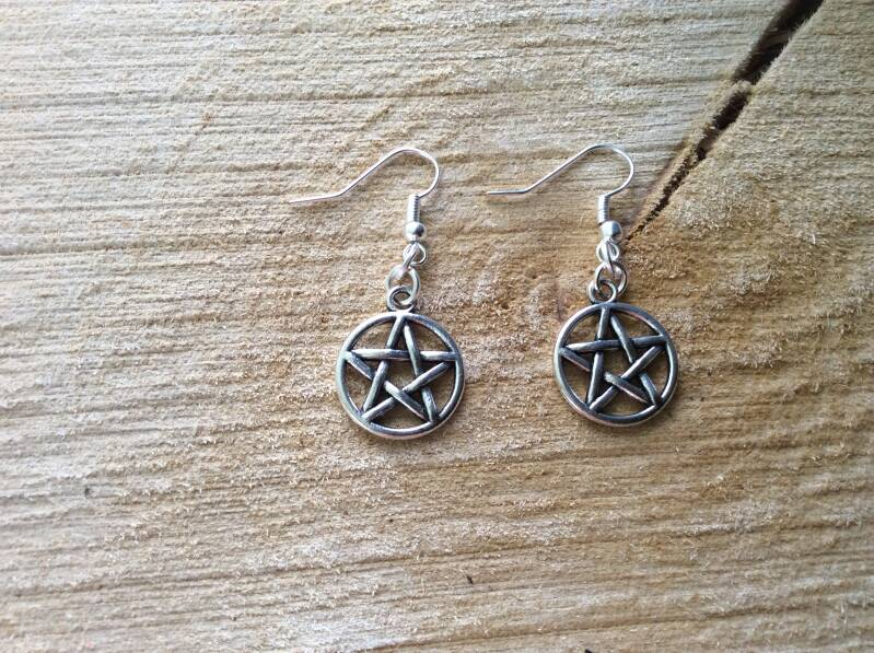 Supernatural Pentagram oorhangers 'anti possession' earrings