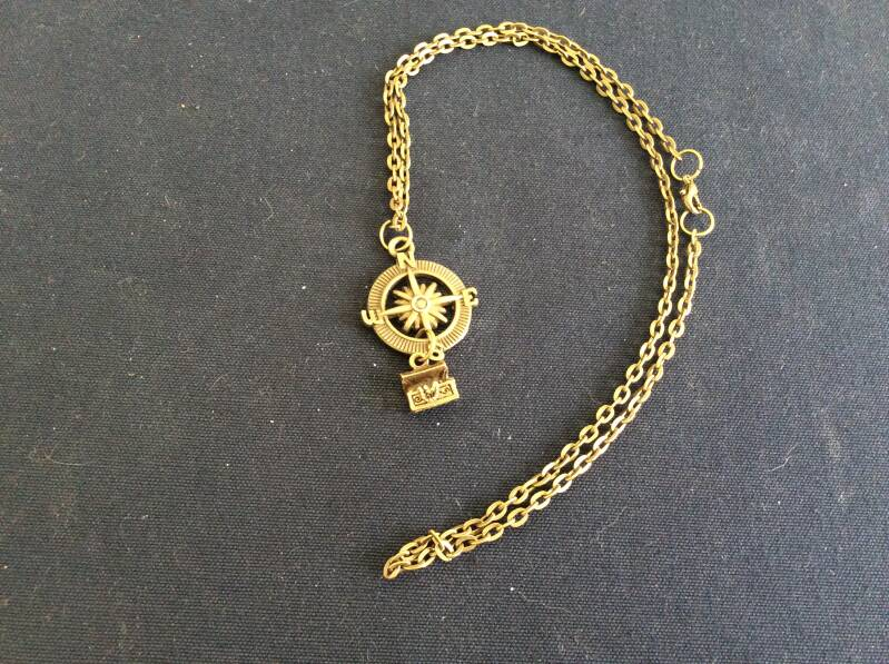 """Pirates of the  Caribbean ketting """"kompas'  necklace 'compass'"""