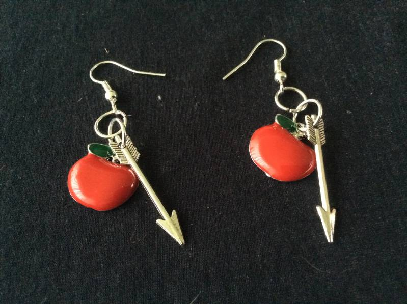 """Once Upon A Time oorhangers """"Outlawqueen"""" earrings"""