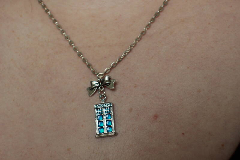 Doctor Who and Tardis 11th Doctor ketting necklace