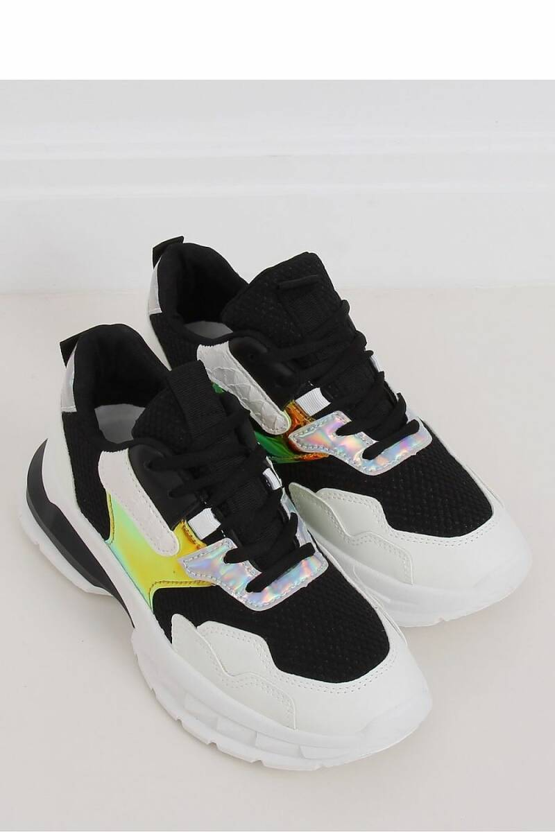sneakers colorboost