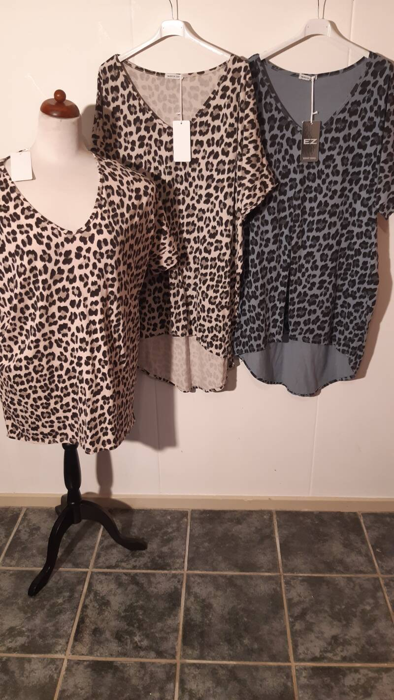 4-4 T-shirt met panter print