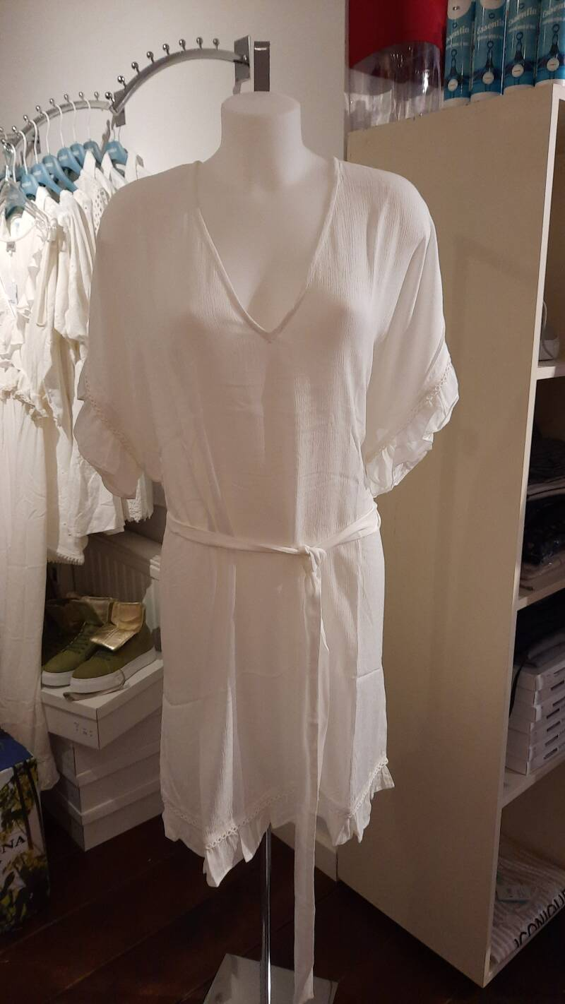 Cyell Tunic Embroidered Solids White