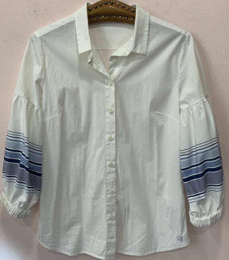 BLOUSE RIVER WOODS (O203-28)