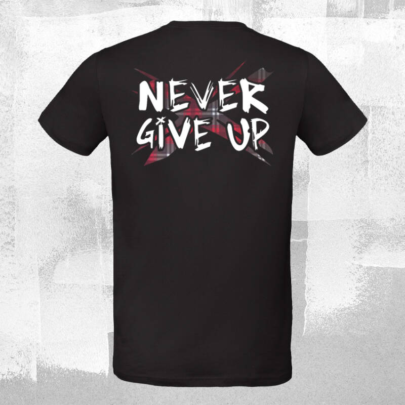 Never Give Up TartanX T-shirt Black