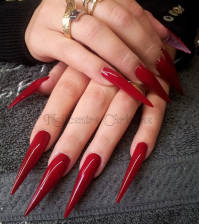stiletto-nagels.jpg