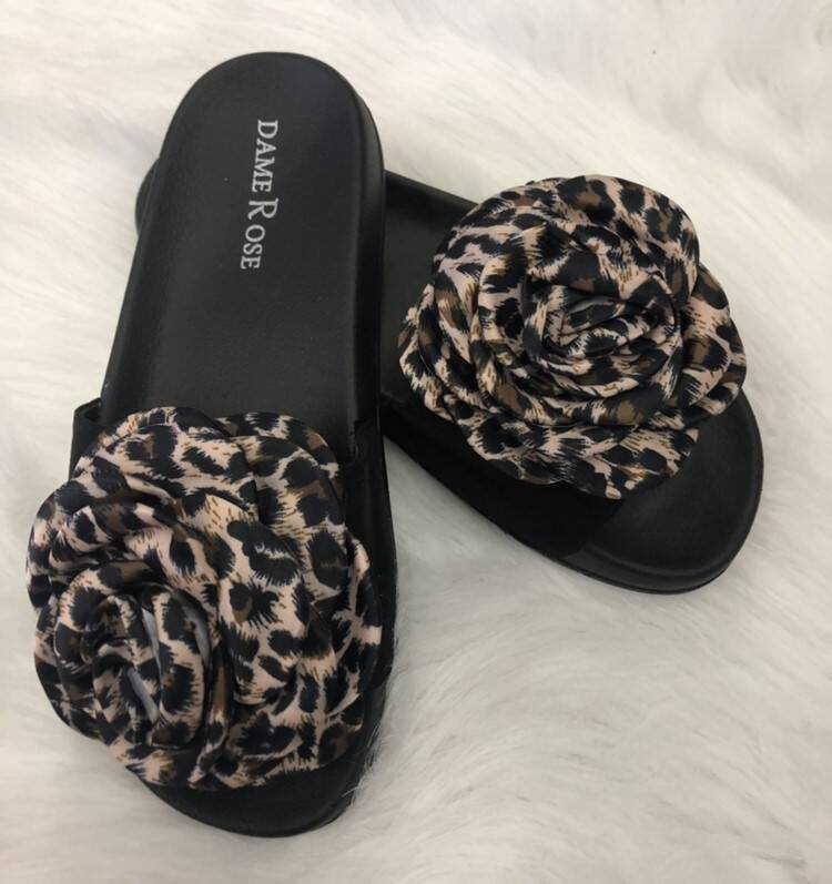 Slipper Flower Panter