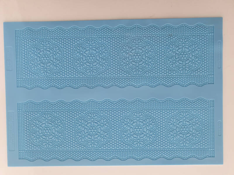 Lace mat OR81