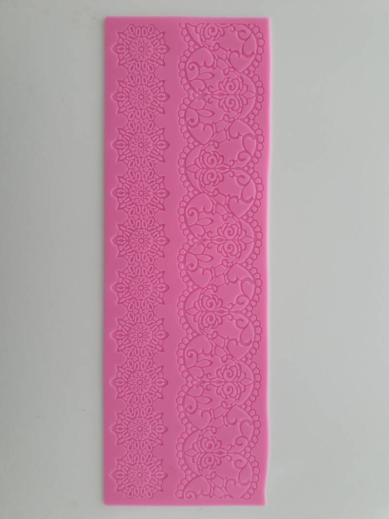 Lace mat OR82