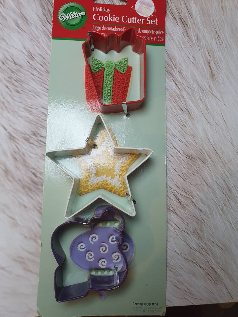 Wilton Holiday cookie cutter set RO5