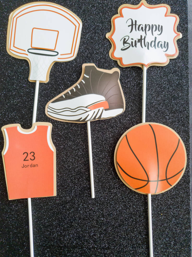 Basketball (cup)cake topper ST16