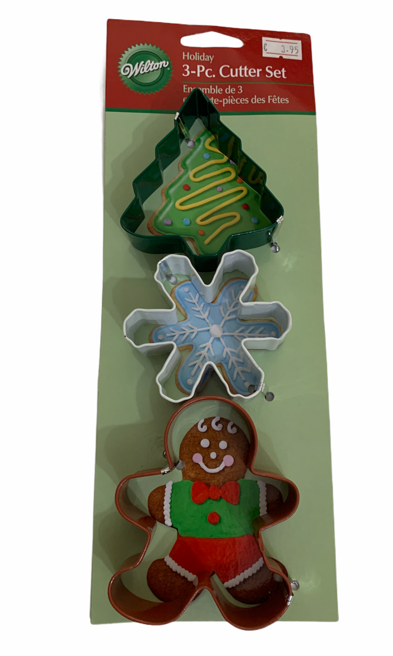 Holiday 3 pc cutter set AH48