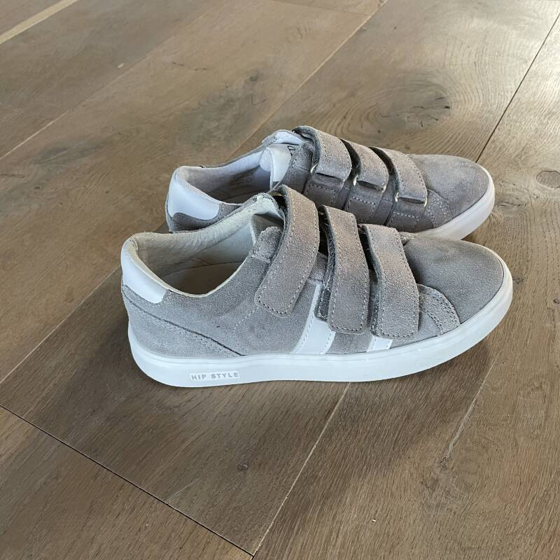 HIP - H1751 - Grey Suede/White leather