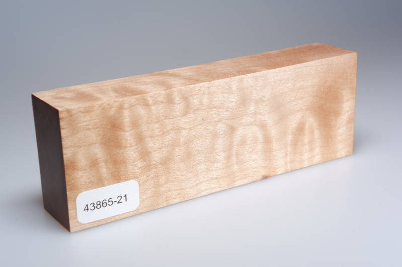 Quilted Maple 138 x 27 x 47 mm, 43865-21