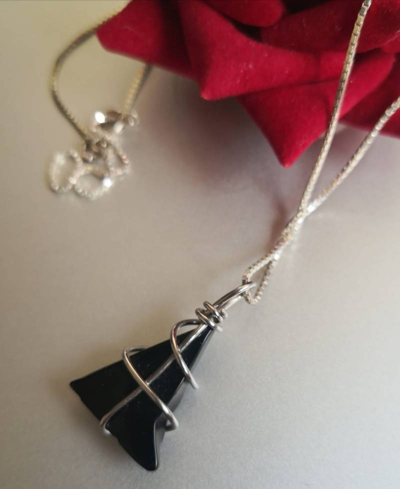 Triangle Onyx Necklace