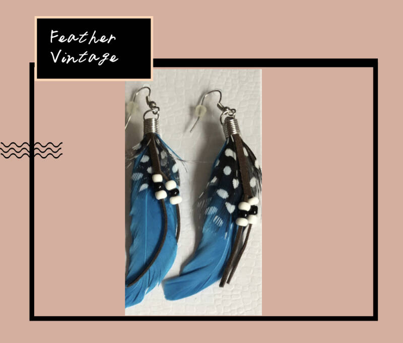 Indian Feather ( 2 colors )
