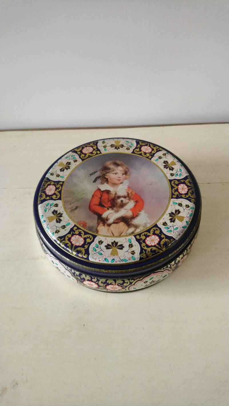 "Vintage koektrommel ""jongen met hond"" Peek, Frean & Co England / cookie jar biscuit tin ""boy with dog"""