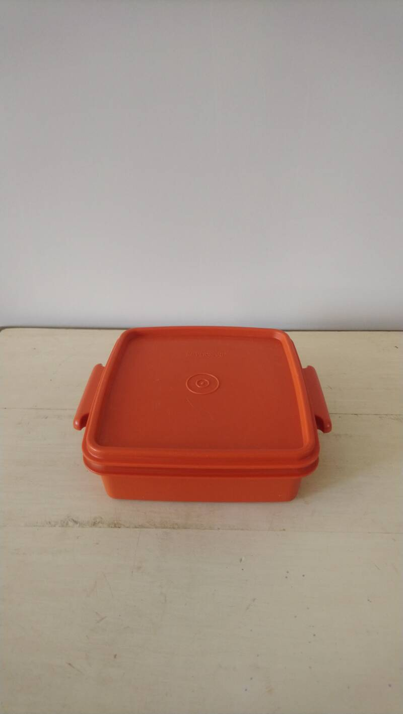 Tupperware oranje vintage bewaardoos koektrommel / orange storage box cookie jar