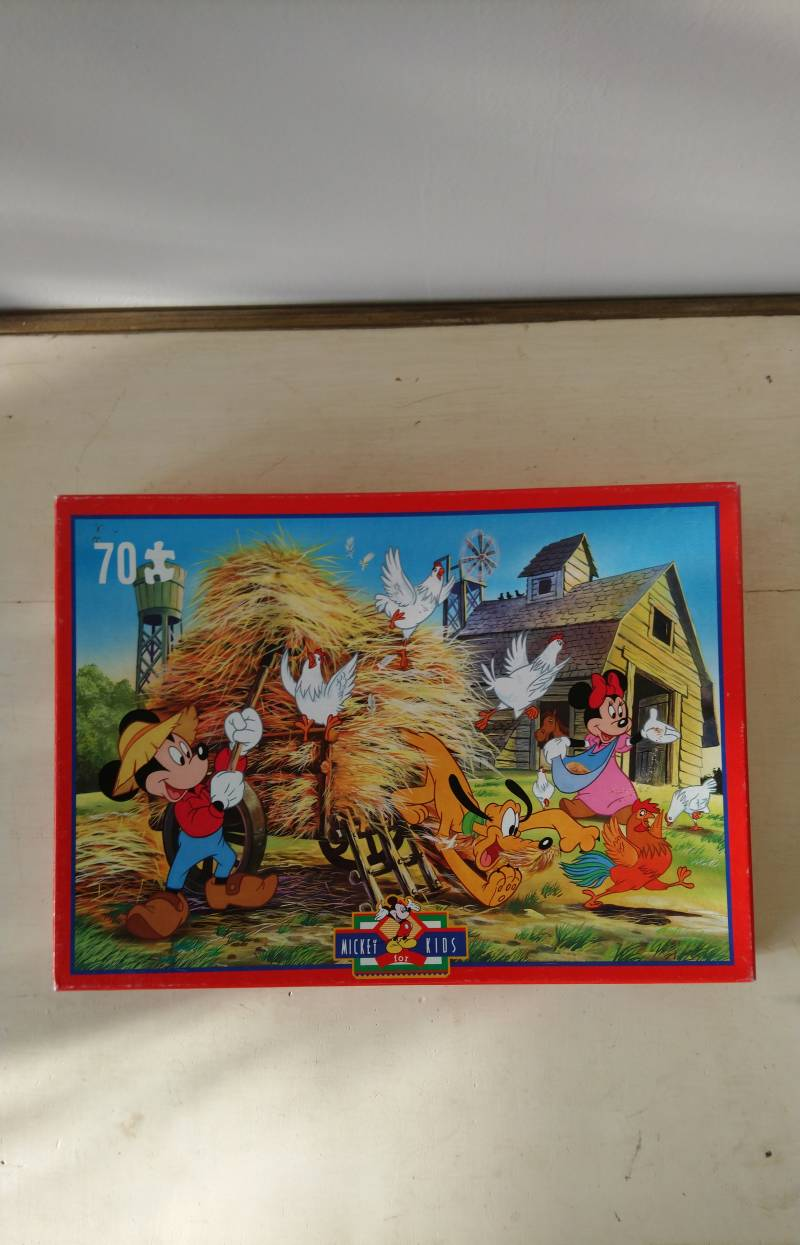 "Disney puzzle ""op de boerderij / The farm"" Mickey for Kids 90's"