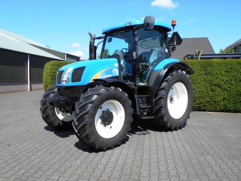 New Holland T6010 PLUS